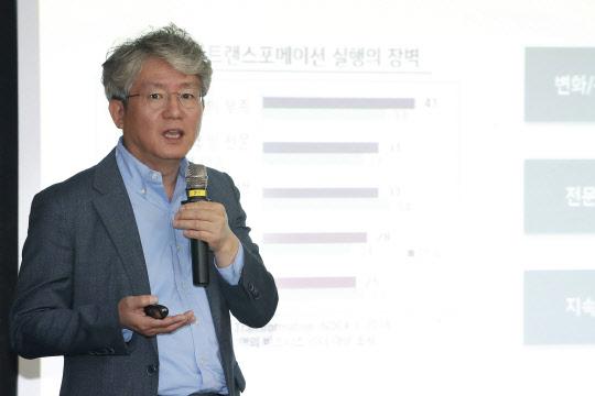 """KT, 4대 융합 AI 엔진 공개… """"현장고충 해결"""""""